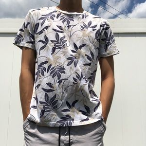 H&M Floral leaf Summer T-Shirt